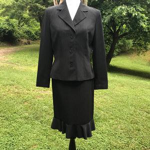 2 Pc Skirt Set Suit Career Pinstripe Sz 10